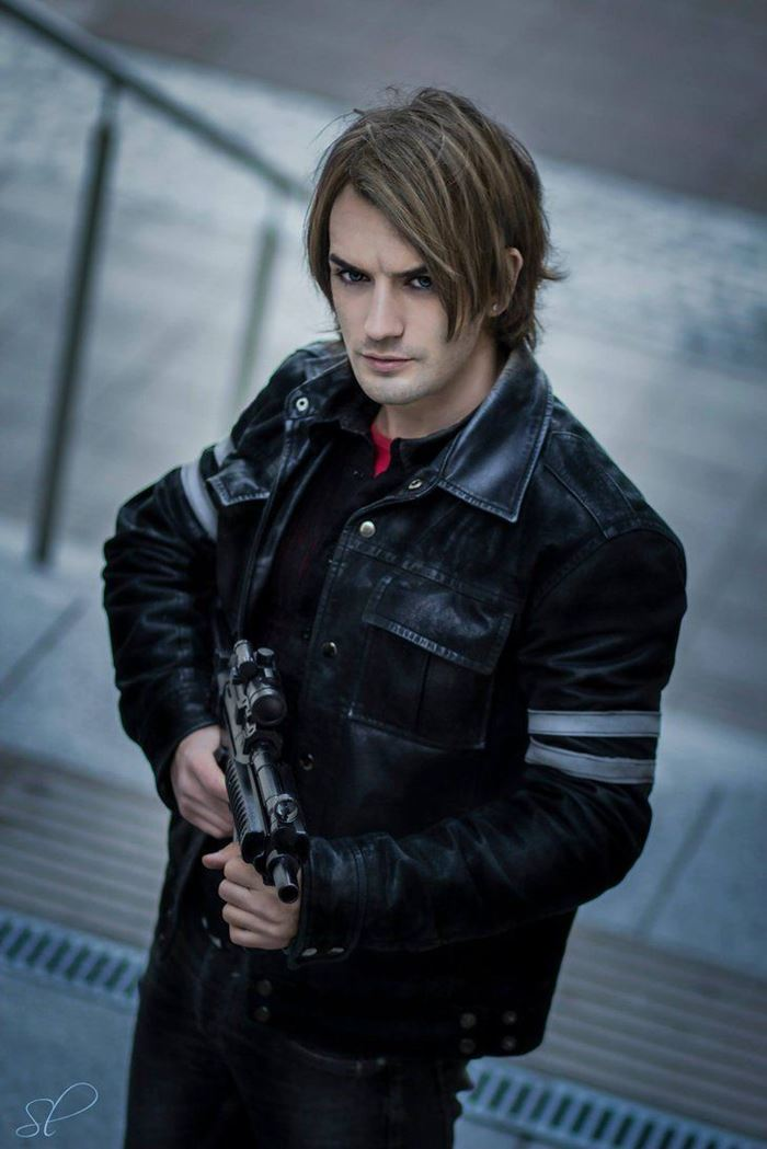 Just How To Cosplay Resident Evil 2 Remake Leon Kenndy